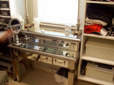 Antique mirrored dressing table